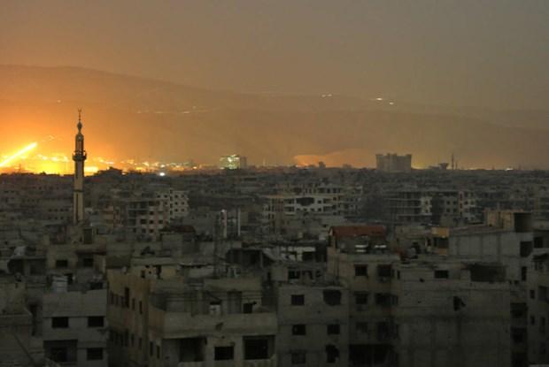 Israel tan cong ten lua nham vao Syria, nhieu binh sy thiet mang hinh anh 1