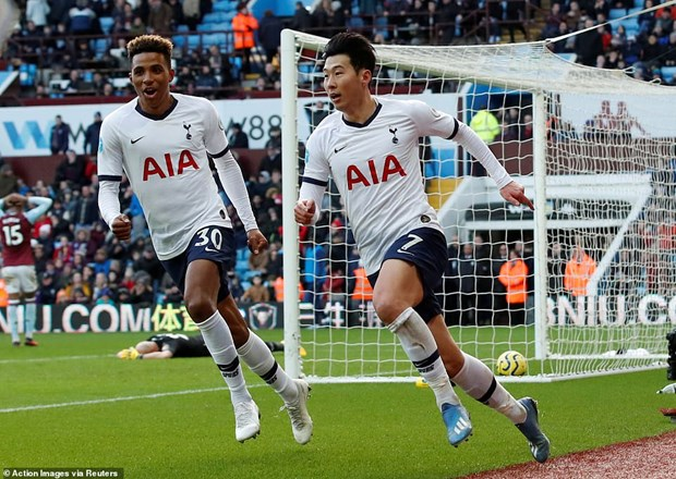 Premier League: Tottenham nguoc dong, Arsenal thang 'huy diet' hinh anh 1