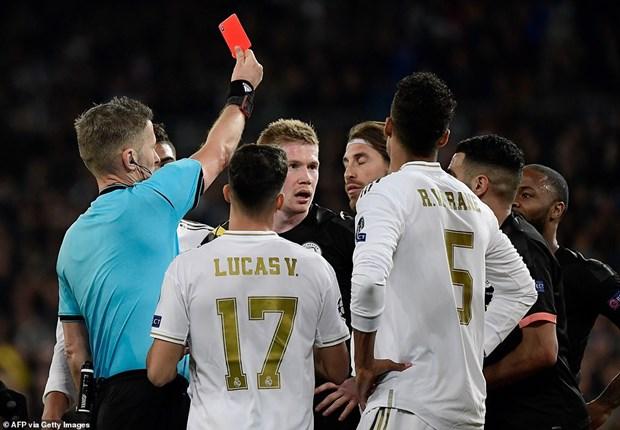 Champions League: Real bai tran tai Bernabeu, Juventus thua soc hinh anh 1