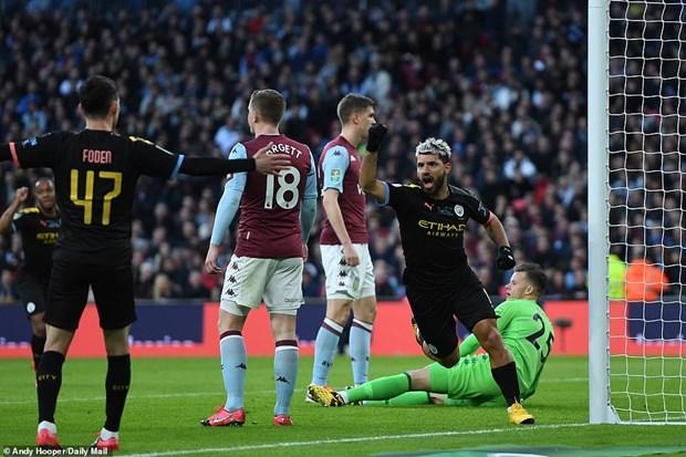 Ha Aston Villa, Man City lan thu 7 gianh chuc vo dich League Cup hinh anh 1