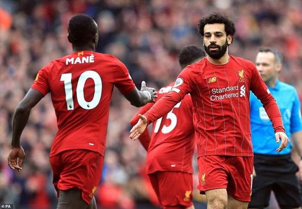 Danh bai Bournemouth, Liverpool tam bo xa Man City 25 diem hinh anh 2