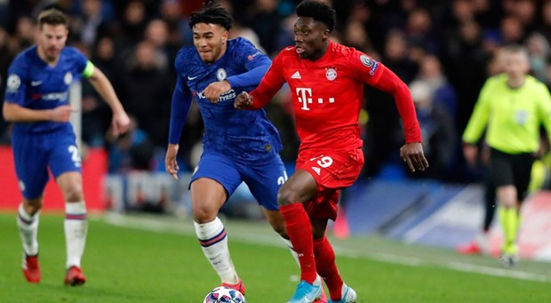 Bayern gia han hop dong voi 'vua toc do' Davies den nam 2025 hinh anh 1