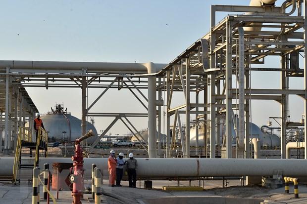 Saudi Arabia hoi thuc OPEC+ cat giam them san luong khai thac hinh anh 1