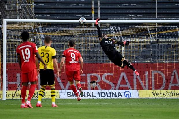 Kimmich lap sieu pham, Bayern ha Dortmund ngay tai Signal-Iduna Park hinh anh 1