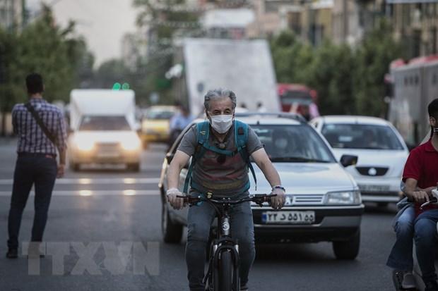 Dich benh COVID-19: Iran ghi nhan hang nghin ca nhiem moi hinh anh 1
