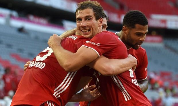 Noi bo Bayern lai noi song: Salihamidzic va Thomas Mueller mau thuan hinh anh 2