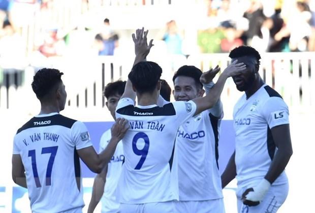 Ket qua V-League: Thanh Hoa bai tran, Hoang Anh Gia Lai len top 4 hinh anh 1