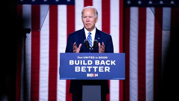 Ung cu vien Biden cong bo ke hoach khi hau tri gia 2.000 ty USD hinh anh 1