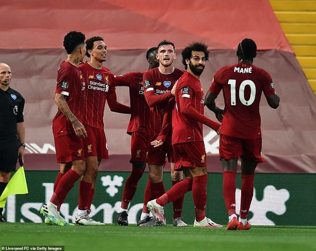 Liverpool gianh chien thang tung bung trong ngay nang cup vo dich hinh anh 1