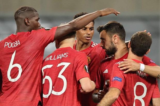 Bruno ghi ban tu cham 11m, M.U thang tien ban ket Europa League hinh anh 1