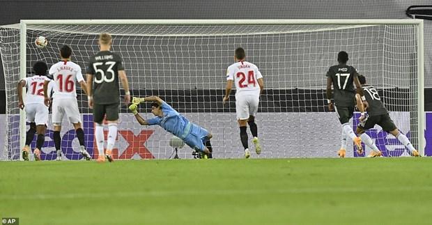Nguoc dong ha M.U, Sevilla thang tien chung ket Europa League hinh anh 1