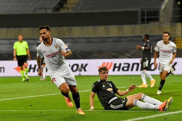 Nguoc dong ha M.U, Sevilla thang tien chung ket Europa League hinh anh 2