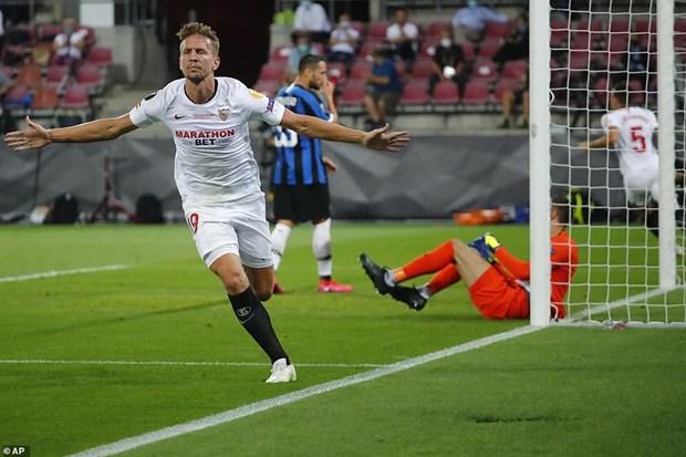 Danh bai Inter Milan, Sevilla lan thu 6 vo dich Europa League hinh anh 2