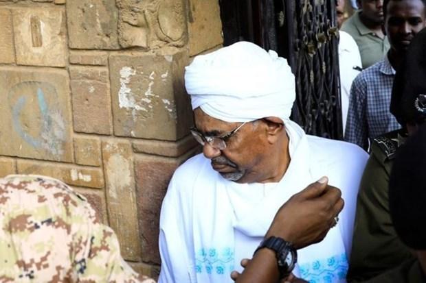 Phien toa xet xu cuu Tong thong Sudan Omar al-Bashir bi hoan hinh anh 1