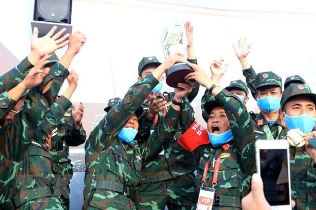 Vo oa cam xuc khi Xe tang hanh tien VN gianh giai tai Army Games 2020 hinh anh 1