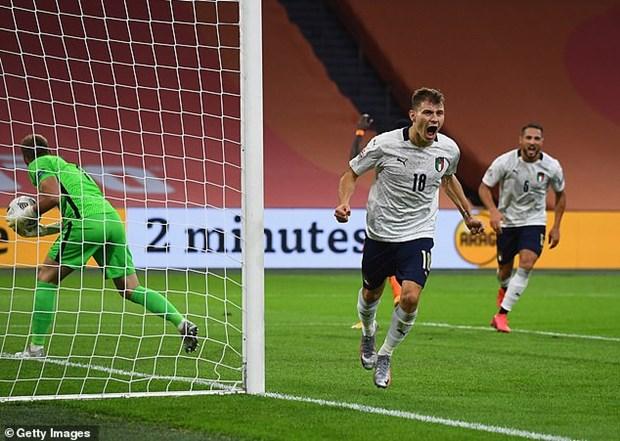 Nations League: Italy ha Ha Lan, Filip Nguyen khong duoc ra san hinh anh 1