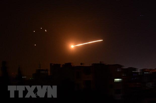 Syria tiep tuc cao buoc Israel tan cong ten lua gan Aleppo hinh anh 1