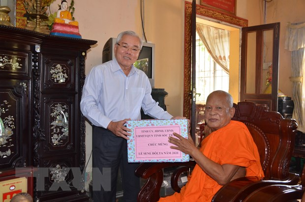 Soc Trang: Dong bao Khmer don le Sene Dolta tren tinh than doan ket hinh anh 1