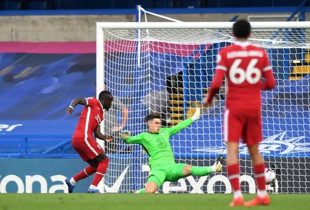 Ket qua Premier League: Liverpool ha Chelsea, Leicester chiem ngoi dau hinh anh 1