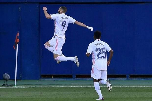 La Liga: Real Madrid len ngoi dau, Barcelona va Sevilla chia diem hinh anh 1