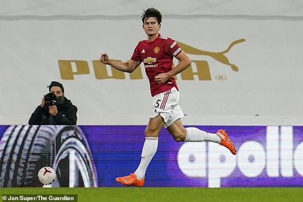 Premier League: Man City ha Arsenal, M.U gianh chien thang tung bung hinh anh 2