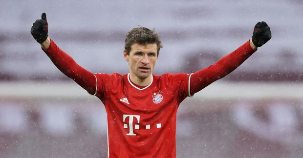 Danh bai Freiburg, Bayern Munich vo dich luot di Bundesliga hinh anh 1