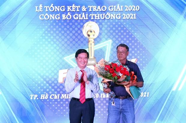 Cau thu Nguyen Nho duoc trao Giai thuong Fair Play 2020 hinh anh 2