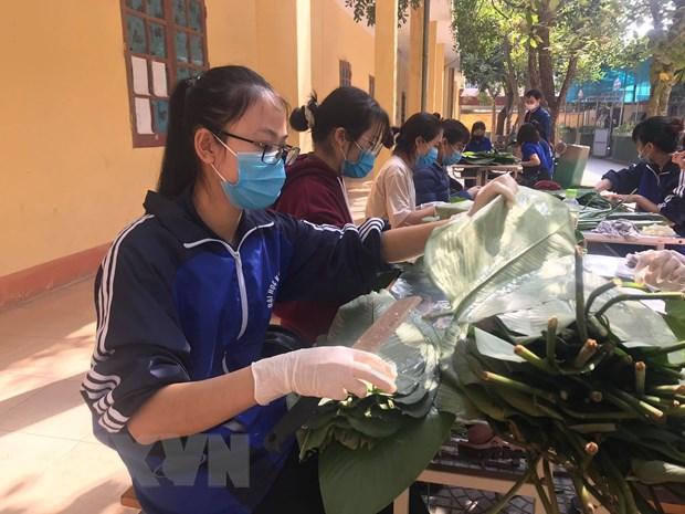 Hai Duong: Hang nghin banh chung gui tang nhung nguoi o khu cach ly hinh anh 1