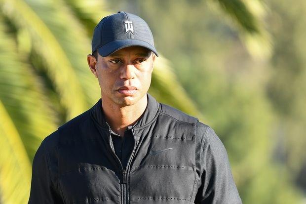 'Ong hoang lang golf' Tiger Woods gap tai nan xe hoi hinh anh 1