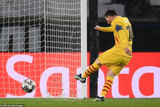 Champions League: Barcelona bi loai, Liverpool thang tien tu ket hinh anh 2