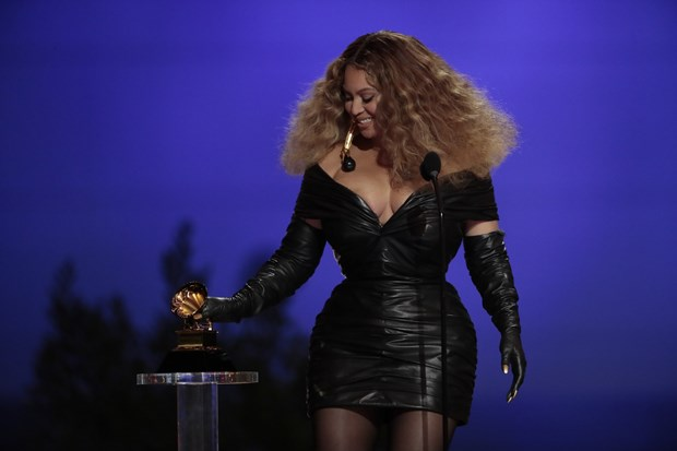 Taylor Swift thang giai 'Album cua nam,' Beyonce ghi dau moc lich su hinh anh 2