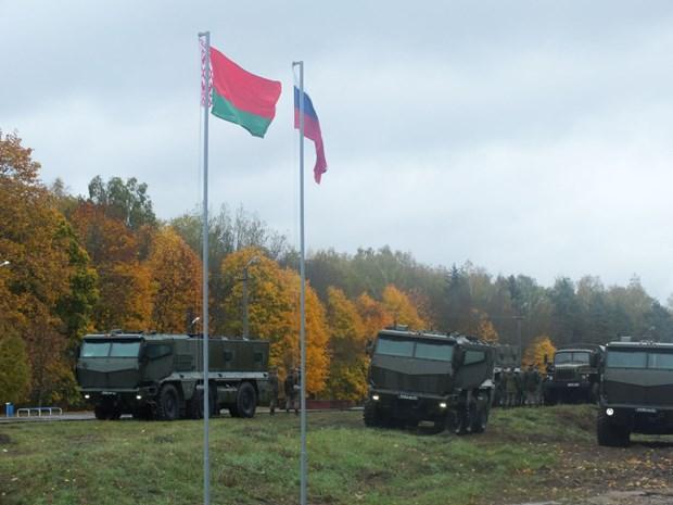 Nga va Belarus thiet lap trung tam huan luyen phong khong chung hinh anh 1