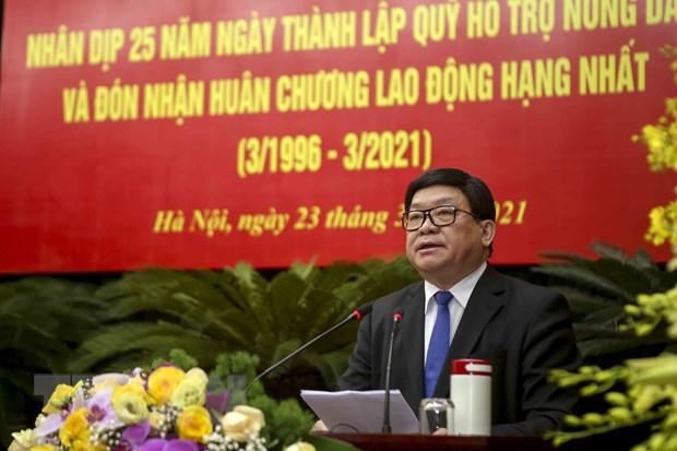 Quy Ho tro nong dan don nhan Huan chuong Lao dong hang Nhat hinh anh 1