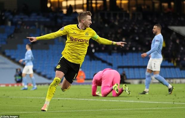 Manchester City gianh chien thang kich tinh truoc Dortmund hinh anh 2