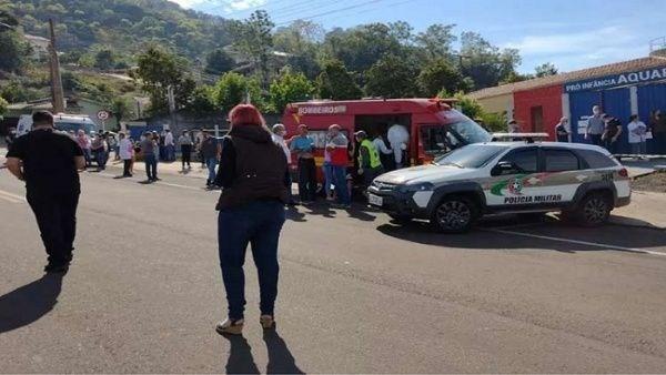 Brazil: Tan cong bang dao tai truong mau giao, 5 nguoi thiet mang hinh anh 1