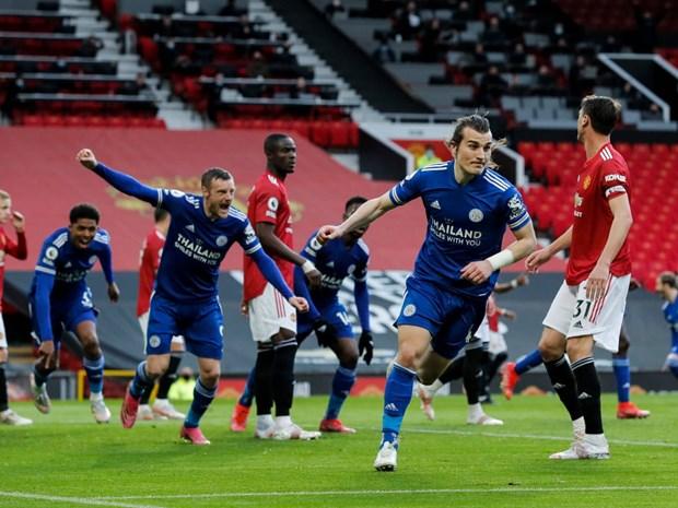M.U bai tran, Manchester City chinh thuc dang quang Premier League hinh anh 1