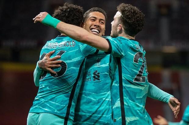 Nguoc dong ha M.U, Liverpool ap sat top 4 Premier League hinh anh 2