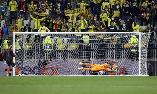 Ha M.U, Villarreal len ngoi Europa League sau loat luan luu kich tinh hinh anh 3