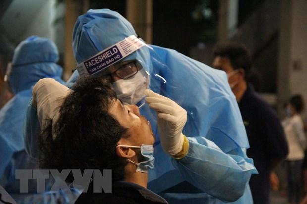 Binh Duong nang cao nang luc trien khai tiem vaccine COVID-19 hinh anh 1
