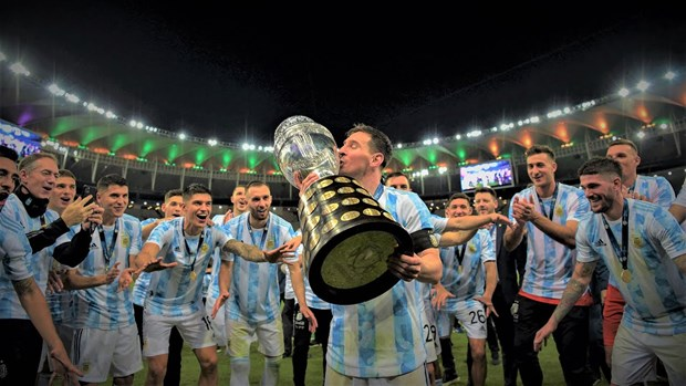 Sieu sao Lionel Messi se gan bo voi Barcelona den nam 39 tuoi hinh anh 1
