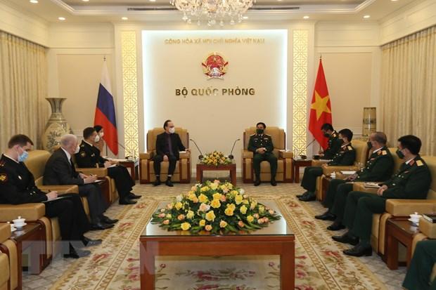 Bo truong Bo Quoc phong tiep xa giao Dai su Lien bang Nga tai Viet Nam hinh anh 1
