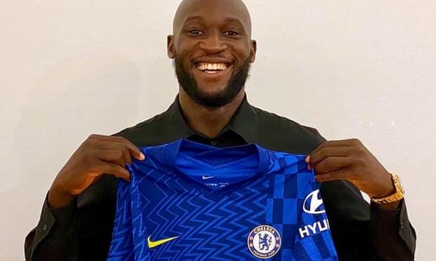 Lukaku chinh thuc tro lai 'mai nha xua' Chelsea voi muc gia ky luc hinh anh 1