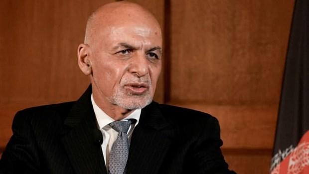 Tong thong Afghanistan Ashraf Ghani va gia dinh dang o UAE hinh anh 1