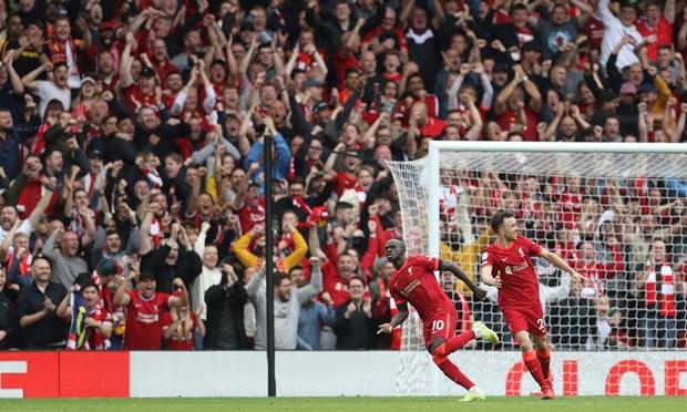 Danh bai Burnley, Liverpool tam chiem ngoi dau Premier League hinh anh 1