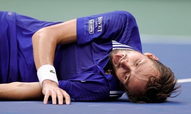 Danh bai Djokovic, Daniil Medvedev dang quang tai US Open 2021 hinh anh 1