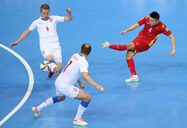 Xac dinh duoc 13 doi tuyen gop mat o vong 1/8 FIFA Futsal World Cup hinh anh 1