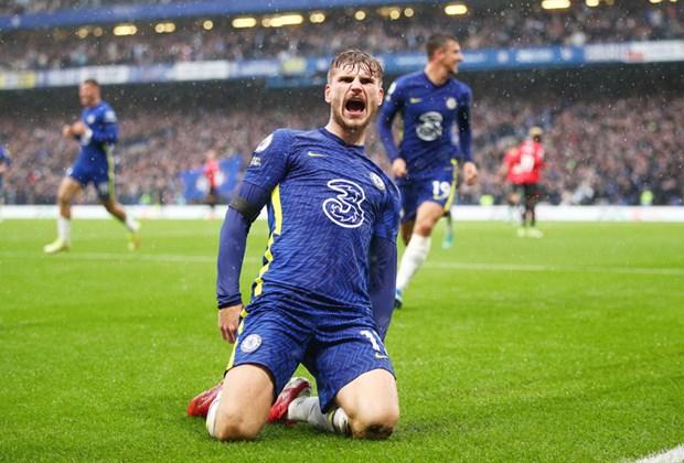 Premier League: M.U chia diem tai Old Trafford, Chelsea len ngoi dau hinh anh 1