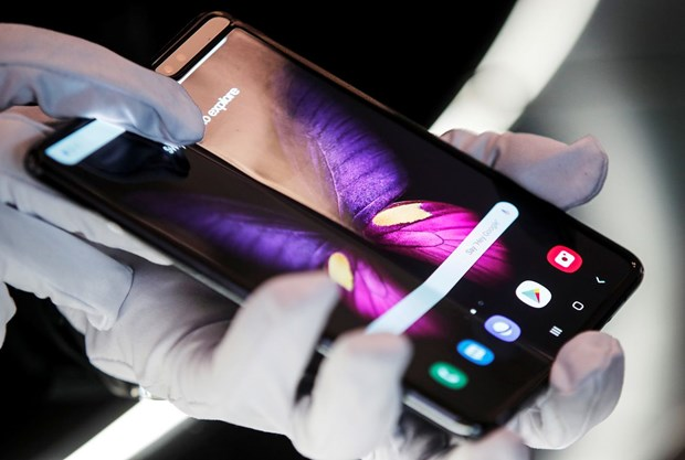 Samsung Display tiep tuc thong tri thi truong man hinh smartphone hinh anh 1