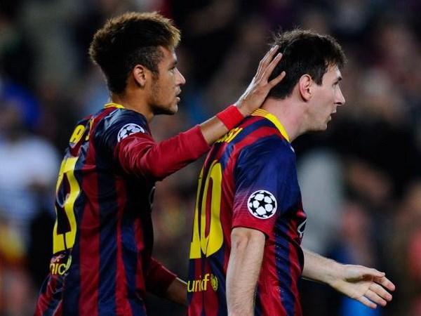 Messi xua tan nhung bong ma, Neymar tro thanh nan nhan hinh anh 1
