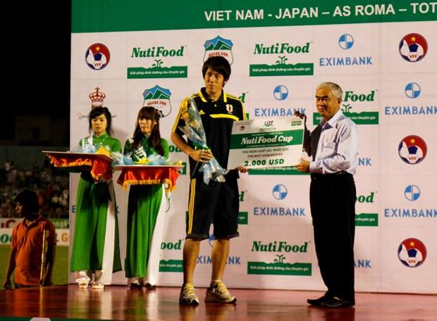 U19 Nhat Ban thau tom toan bo cac giai thuong lon hinh anh 2